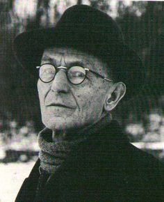 Hermann Hesse escaped from political pressure earlier than other German writers and, during the First World War, settled in Switzerland where he acquired citizenship in 1923. His asylum in a country that was neutral during the war allowed him to continue his important literary work in relative quiet. When at its beginning he wanted to speak some words of peace and contemplation to his agitated colleagues used Beethoven's motto, O Freunde, nicht diese Töne, he aroused a storm of protest.