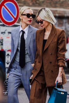 Milan Fashion Week Street Style Looks for Fall 2020 Milan Fashion Week Street Style, Street Style Trends, Autumn Street Style, Cool Street Fashion, Street Style Looks, Street Styles, High Fashion, Vogue, Gucci Dress