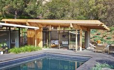 Modern guest house by Bruce Bolander