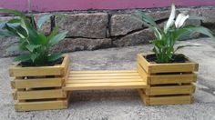 Cachepot de Madeira Duplo Wood Pallet Planters, Wood Pallet Furniture, Wood Pallets, Diy Furniture, Wood Projects, Projects To Try, Objet Deco Design, Garden Bags, Pallet Creations