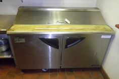 Stainless Steel Prep Table with Temperature Control Cabinets