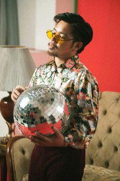 uhh excuse me, magbobowling ako // iv of spades Funk Disco, Gabriel, Music Rock, Perfect Definition, Kos, Fangirl, Men Casual, Unique, Pretty