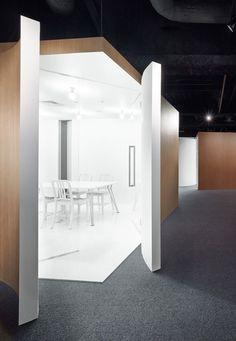 Spicebox Office, Yokohama, Japan by Design Studio Nendo
