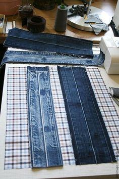how to sew a stylish bag from old jeans. DIY Tutorial how to sew a stylish bag from old jeans. Denim Bags From Jeans, Denim Purse, Diy Jeans, Jeans Recycling, Blue Jean Purses, Diy Sac, Denim Ideas, Denim Crafts, Sewing Hacks