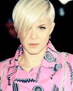 Google Image Result for http://www.thecsperspective.com/wp-content/uploads/2010/04/Robyn%2B02.jpg