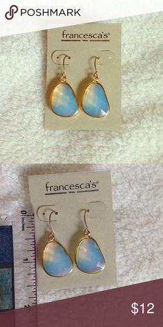 Francesca's Gold iridescent earrings NWT beautiful iridescent earrings from Francesca's boutique. No tarnishing and they go with absolutely everything! Francesca's Collections Jewelry Earrings