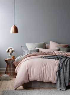 Bedroom design for small rooms - 30 furnishing examples - Living - Schlafzimmer Bedroom Wall Designs, Bedroom Wall Colors, Gray Bedroom, Modern Bedroom, Copper Bedroom, Design Bedroom, Master Bedrooms, Industrial Bedroom, Trendy Bedroom