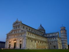 https://flic.kr/p/dheWb6 | Cathedral (Duomo di Pisa) and the leaning tower of Pisa,Italy |  Buy this photo on Getty Images : Getty Images    Pisa is a city in Tuscany, Central Italy, on the right bank of the mouth of the River Arno on the Tyrrhenian Sea. It is the capital city of the Province of Pisa. Although Pisa is known worldwide for its leaning tower (the bell tower of the city's cathedral), the city of over 88,332 residents (around 200,000 with the metropolitan area) contains more…