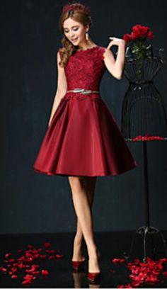 d27aa186599253 26 nejlepších obrázků z nástěnky Dámské šaty