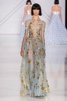 Défilé Ralph & Russo Printemps-été 2017 Haute couture | Le Figaro Madame