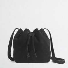 ca3b89dd9963 Factory suede bucket bag Winter Must Haves