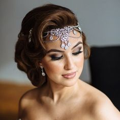 Star struck by the beauty of this crystal chain headpiece custom designed by Hair by and makeup by Chain Headpiece, Headpiece Wedding, Wedding Veils, Bridal Headpieces, Wedding Hair And Makeup, Bridal Hair, Hair Makeup, Wedding Looks, Dream Wedding