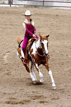 Someday that will be me on my majestic paint, riding through a ring, battling for the crown, and buckle!