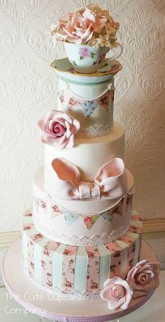 (via Beautiful chic cake in soft colors | ❤ Muted, Subtle,  Soft Colors ❤…)