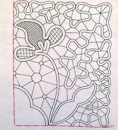 Ho trovato su un vecchio libro ricevuto in regalo da un'amica dei disegni per il macramé rumeno.   Alcuni semplici, alcuni un po...