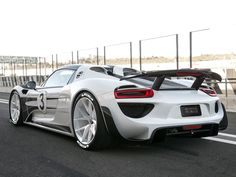 918 Spyder Circle another benefit of 918 ownership - Rennlist - Porsche Discussion Forums Porsche 918, Porsche Cars, Love Car, Sexy Cars, Sport Cars, Supercars, Carrera, Concept Cars, Luxury Cars