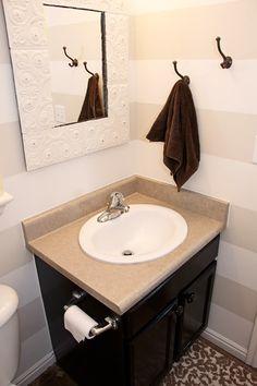 1/2 bath: striped walls