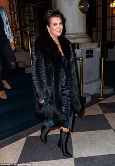 Accompanying the wife of Kanye West was her mother Kris Jenner, who opted for a few more layers Kardashian Jenner, Kourtney Kardashian, Kris Jenner Style, Silver White Hair, Mature Fashion, Fur Fashion, Black Fur Coat, Kyle Jenner, Jenner Family