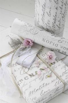 French script gift wrap sheets