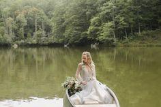 Wedding Sets, Wedding Blog, June Weddings, Elizabeth Anne, 100 Layer Cake, Hayley Paige, Rustic Elegance, Backdrops, Scenery