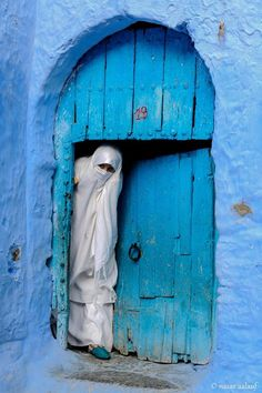Abdu Nasser Aalauf Blue City Morocco, Morocco Chefchaouen, Film Inspiration, Morocco Travel, Arabic Art, World Of Color, Blue Aesthetic, North Africa, Belle Photo