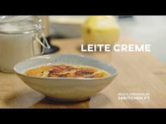 Leite Creme | COMTRADIÇÃO com Henrique Sá Pessoa - YouTube Creme, Oatmeal, Breakfast, Youtube, Food, Gastronomia, Recipes, Ideas, The Oatmeal