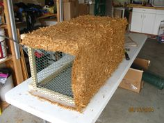 Faux hay bale tutorial (for indoors)