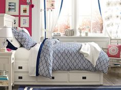 I love the PBteen Oxford Quincy Scallop Bedroom on pbteen.com