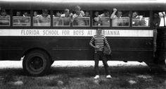 Estudiantes de la Escuela para Varones Arthur G. Dozier de Marianna, Florida, en 1957. Por los abusos que se cometieron en este reformatorio, clausurado en 2011, se ha convertido en la gran tumba de los niños desobedientes.