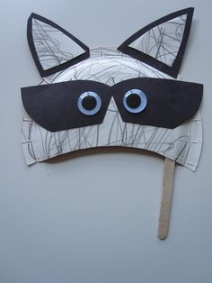 Raccoon mask craft. For night animals unit.
