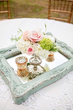 mint and pink vintage wedding centerpieces