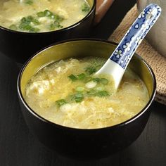 Smashed/crumbled firm tofu in super simple and delicious egg drop soup. Comfort food for cold season in minutes.