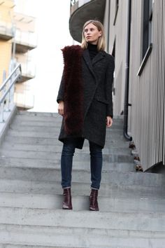(Source: lacooletchic, via fashion-clue) Pinned from Street Style Inspired