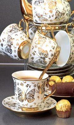 TEA PARTY ACCESSORIES - TEAPOT - BONE CHINA TEAPOTS - PORCELAIN TEAPOTS - TEA PARTY TEA SETS