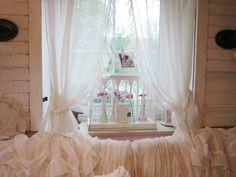 ber ideen zu r schenvorh nge auf pinterest vorh nge schabracken und fensterdekorationen. Black Bedroom Furniture Sets. Home Design Ideas