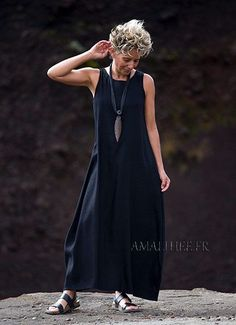 amalthee-creations Olga long sleeveless black dress