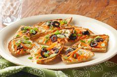 hummus & veggie pita toast! yummy snack!