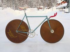 Intresting bike... who knows more?
