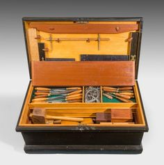 Early 20th Century Cabinetmakers fitted wooden Box - Art & Antiques Online - CINOA