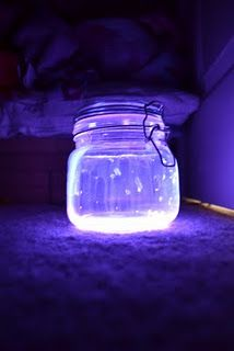 glow stick lantern, take a glow stick, cut it and pour the liquid into a jar! Adorable!