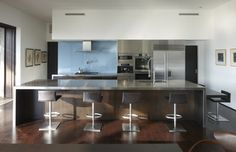 GRIFFIN ENRIGHT ARCHITECTS: Mandeville Canyon Residence - modern - kitchen - san francisco - Griffin Enright Architects