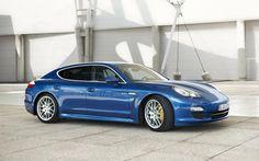 Porsche Panamera 4S HYBRID