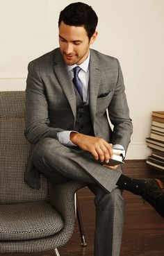 Noah Mills in gray 3-piece