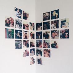 Fotos na parede em forma de coração