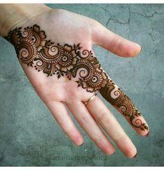 Black and gray tattoos henna patterns beautiful, he. - Black and gray tattoos henna patterns beautiful, henna patterns for be - Henna Hand Designs, All Mehndi Design, Mehndi Designs Finger, Latest Arabic Mehndi Designs, Mehndi Designs Book, Mehndi Designs For Girls, Mehndi Designs For Beginners, Modern Mehndi Designs, Mehndi Design Pictures