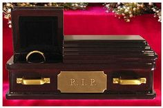 Wedding Ring Coffin - I think this would make a great addition to my home. I have just the place to put it!