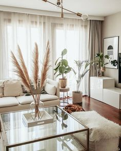 This living room is so fresh and so clean 😍(Image: Living Room Designs, Living Room Decor, Living Spaces, Beige Living Rooms, Apartment Therapy, Apartment Living, Modern Home Interior Design, Budget Home Decorating, Elegant Homes