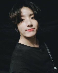 A story in which Jungkook holds a special place in Taehyung's heart b… Jungkook Selca, Jungkook Lindo, Taehyung, Jungkook Cute, Foto Jungkook, Namjoon, Seokjin, Jung Kook, Foto Bts