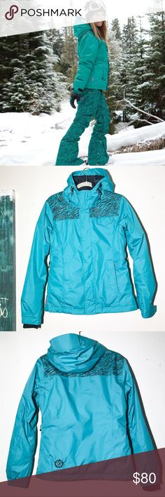 Betty Rides Wildcat snowboarding coat s Great condition, only worn two times. The special Wildcat collection, from Betty Rides. Lovely teal color and lots of pockets 💕 measurements on request. Betty Rides Jackets & Coats Puffers