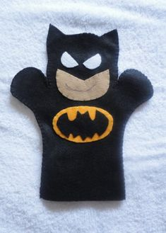 i want a gotham puppet show booth in my classroom :) <3